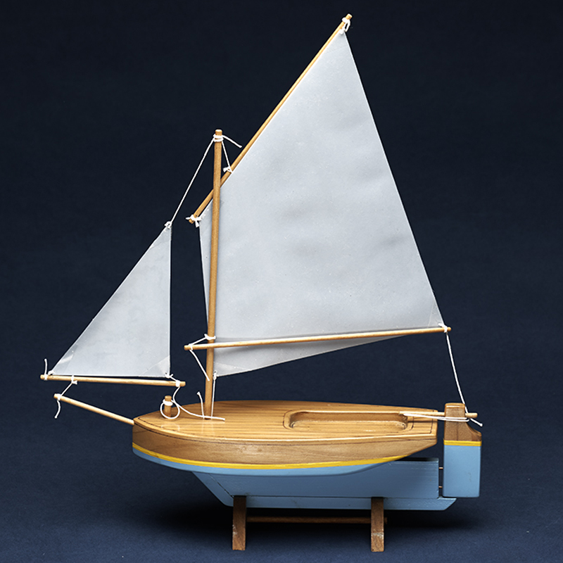 CRICKET 11″ Sailboat